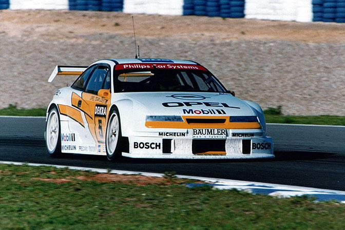 Opel Calibra, lección de aerodinámica, por 8000vueltas.com Opel_Calibra_DTM_01