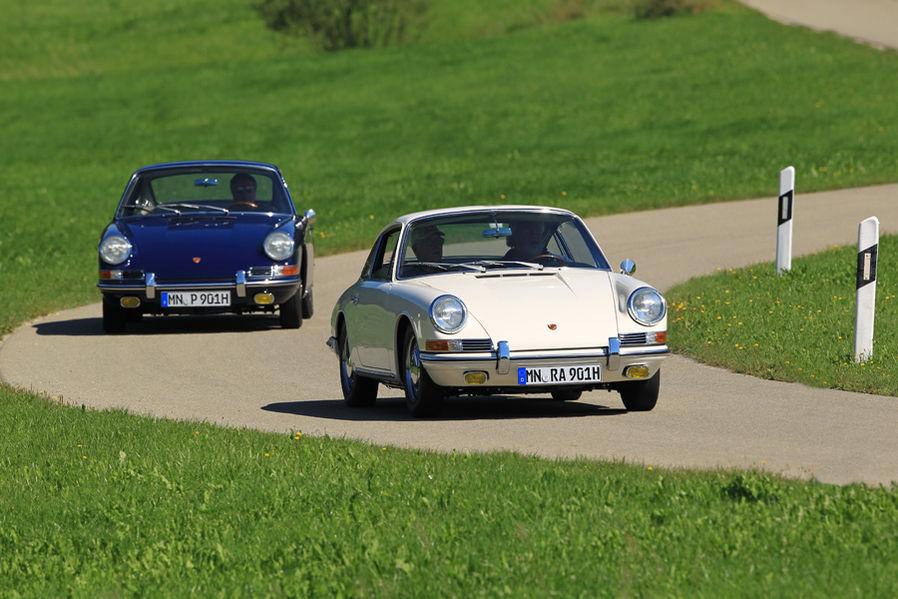 Porsche-901-Blau-Weiss-Vergleich-19-fotoshowImageNew-501753ba-446717