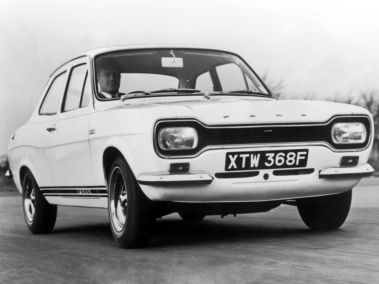 autowp.ru_ford_escort_twin_cam_1