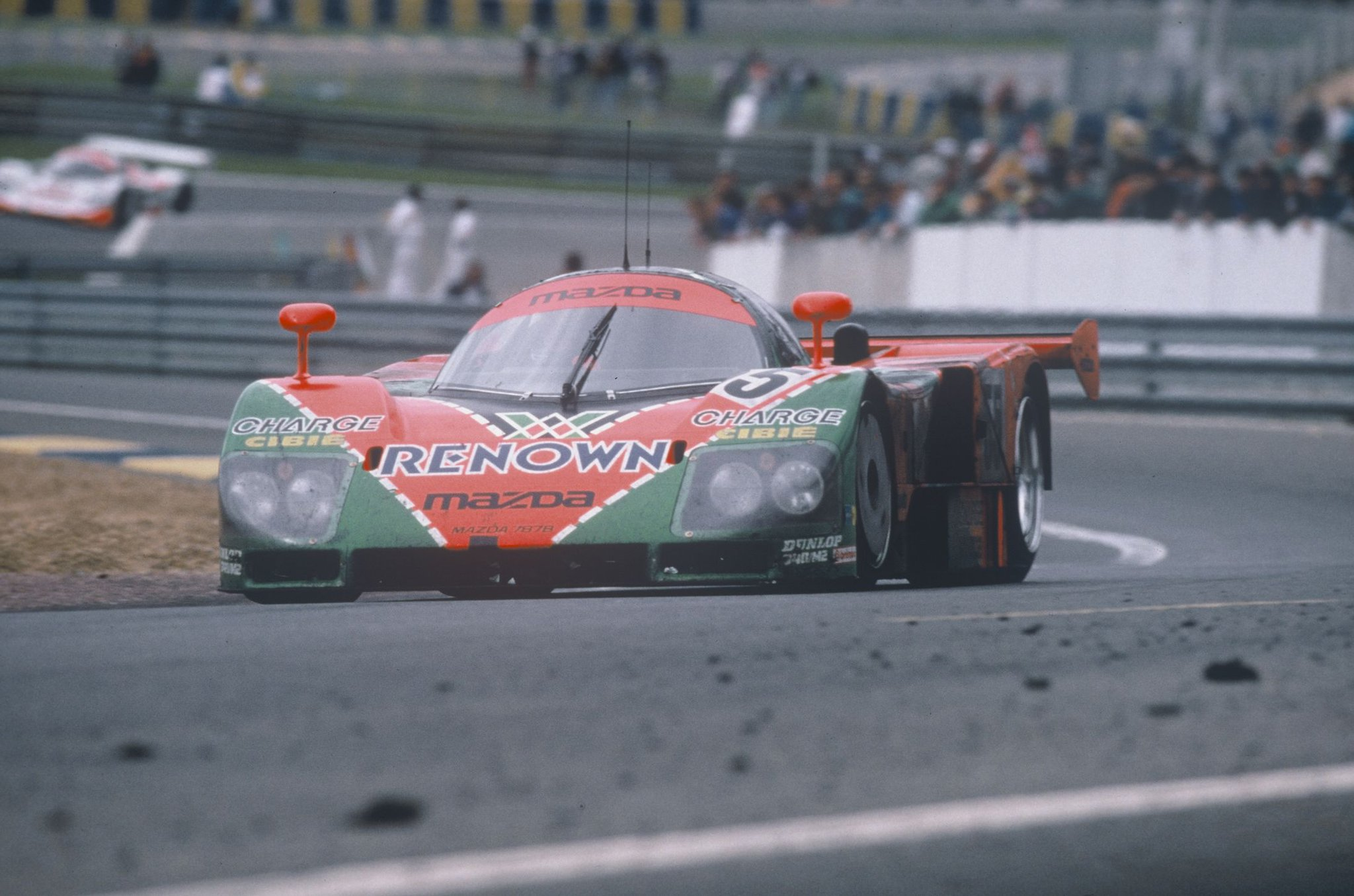 Mazda-787B-Overall-winner-1991-24-Hours-of-Le-Mans