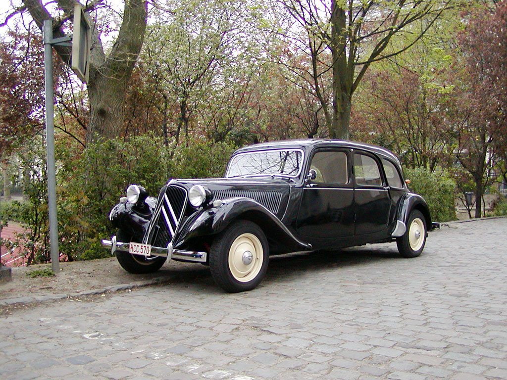 1269273885_CitroenTractionAvant