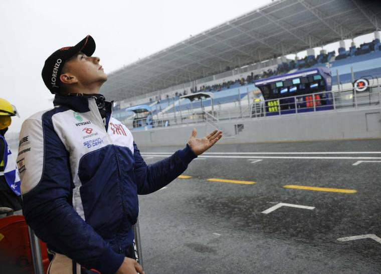 estoril-portuguese-gp-motogp-rain-1