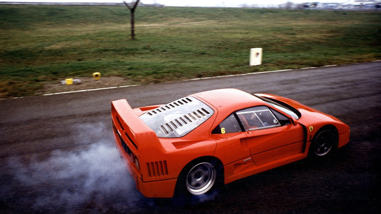 ferrari-f40-burnout