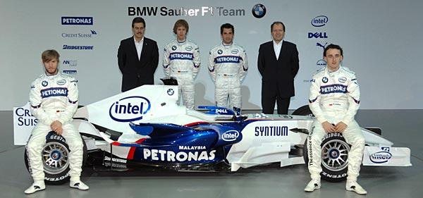 BMW Sauber F1.07. Presentación en Valencia (16-1-2007). De izquierda a derecha: Nick Heidfeld, Mario Thiessen, Sebastian Vettel, Timo Glock, Willy Rampf y Robert Kubica.