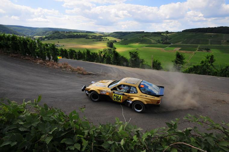 1280px-Porsche_924_GTS_-_2008_Rallye_Deutschland