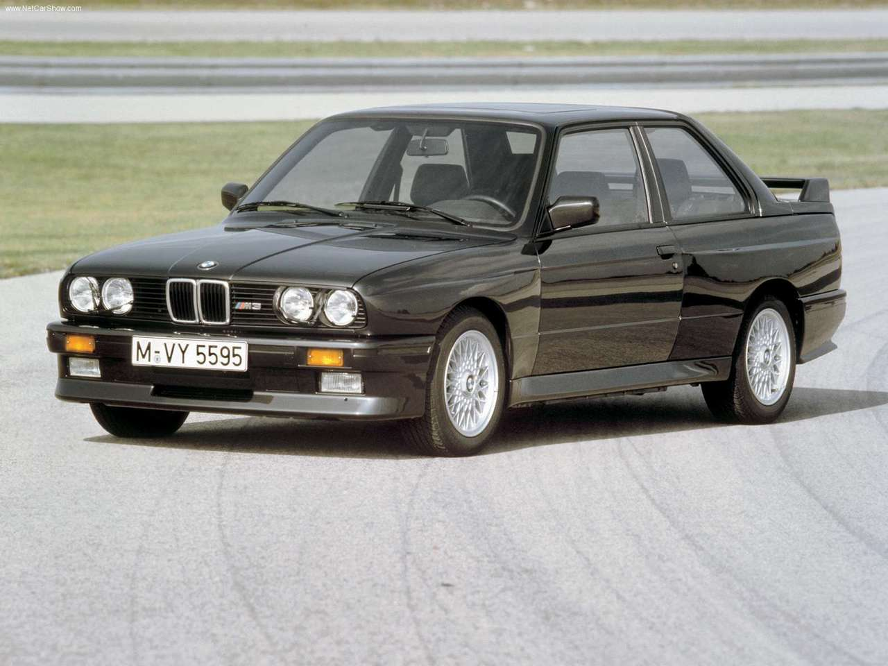 BMW-M3_1987_1280x960_wallpaper_03