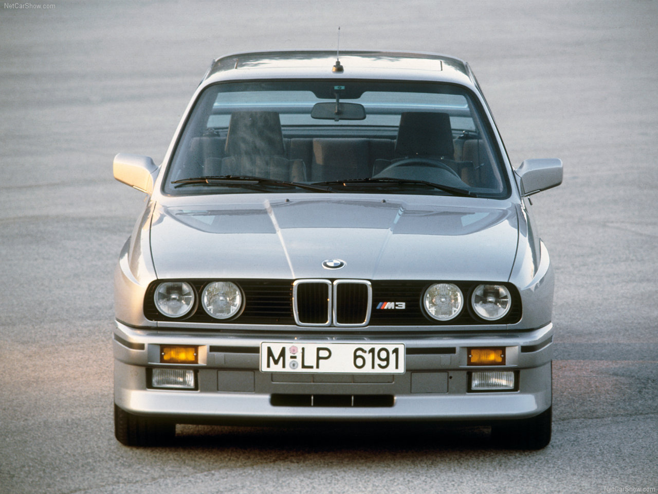 BMW-M3_1987_1280x960_wallpaper_06