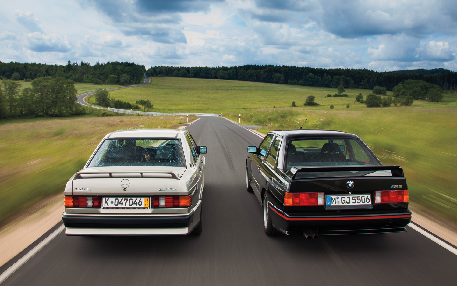 Mercedes-Benz-190E-2-3-16-BMW-M3-rear-end