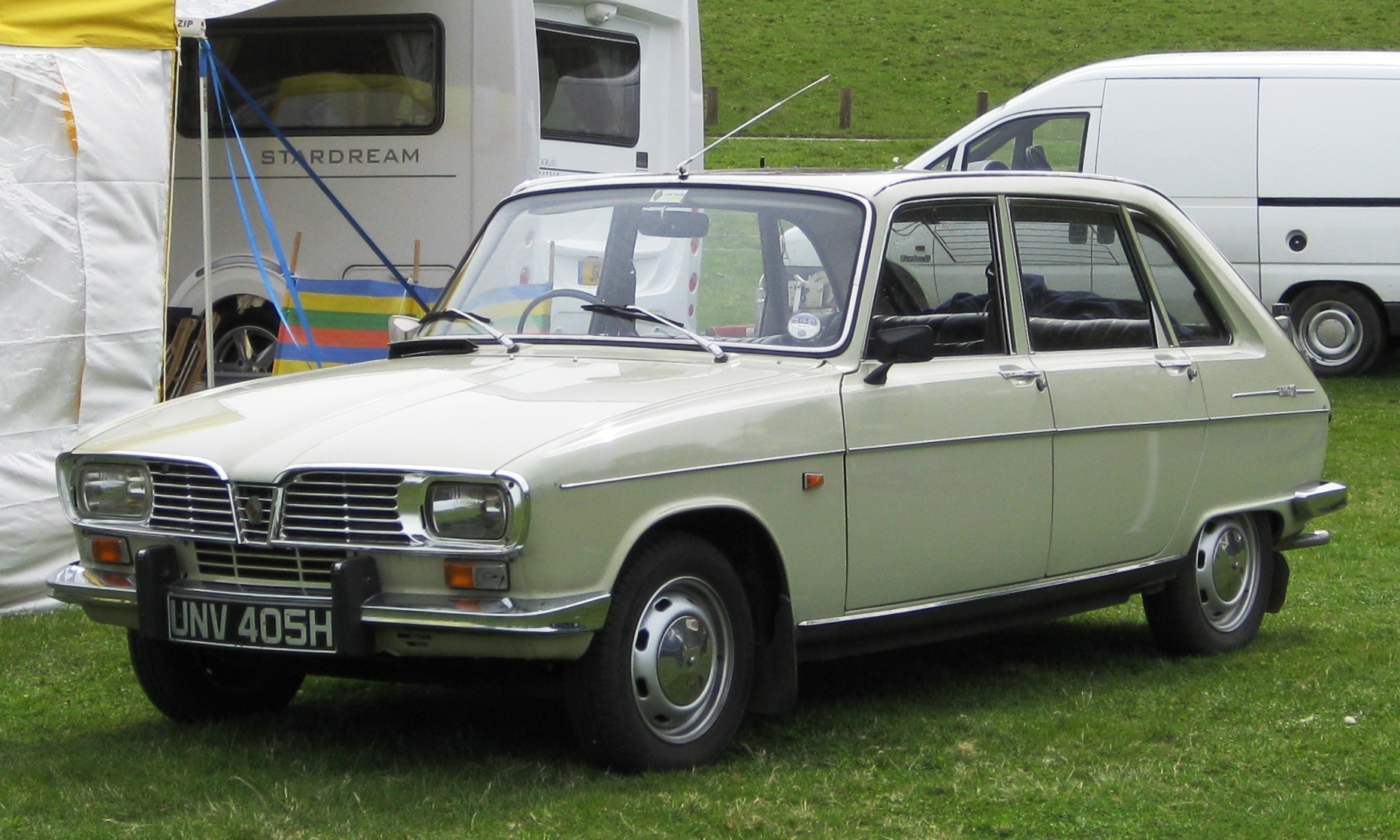 Renault_16_ca_1969_(ie_a_fairly_early_one)