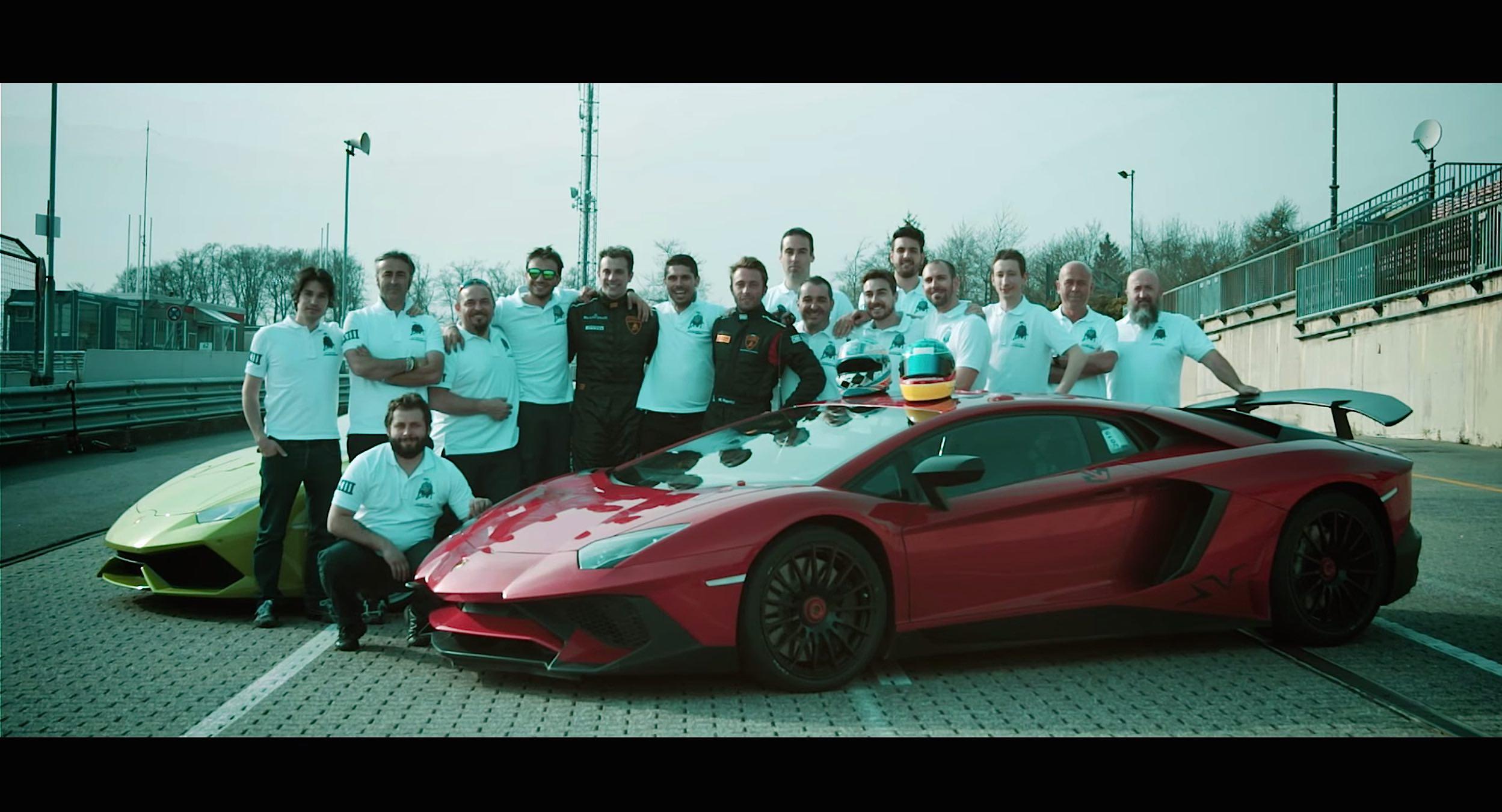 Lamborghini-Aventador-SV-on-Nurburgring