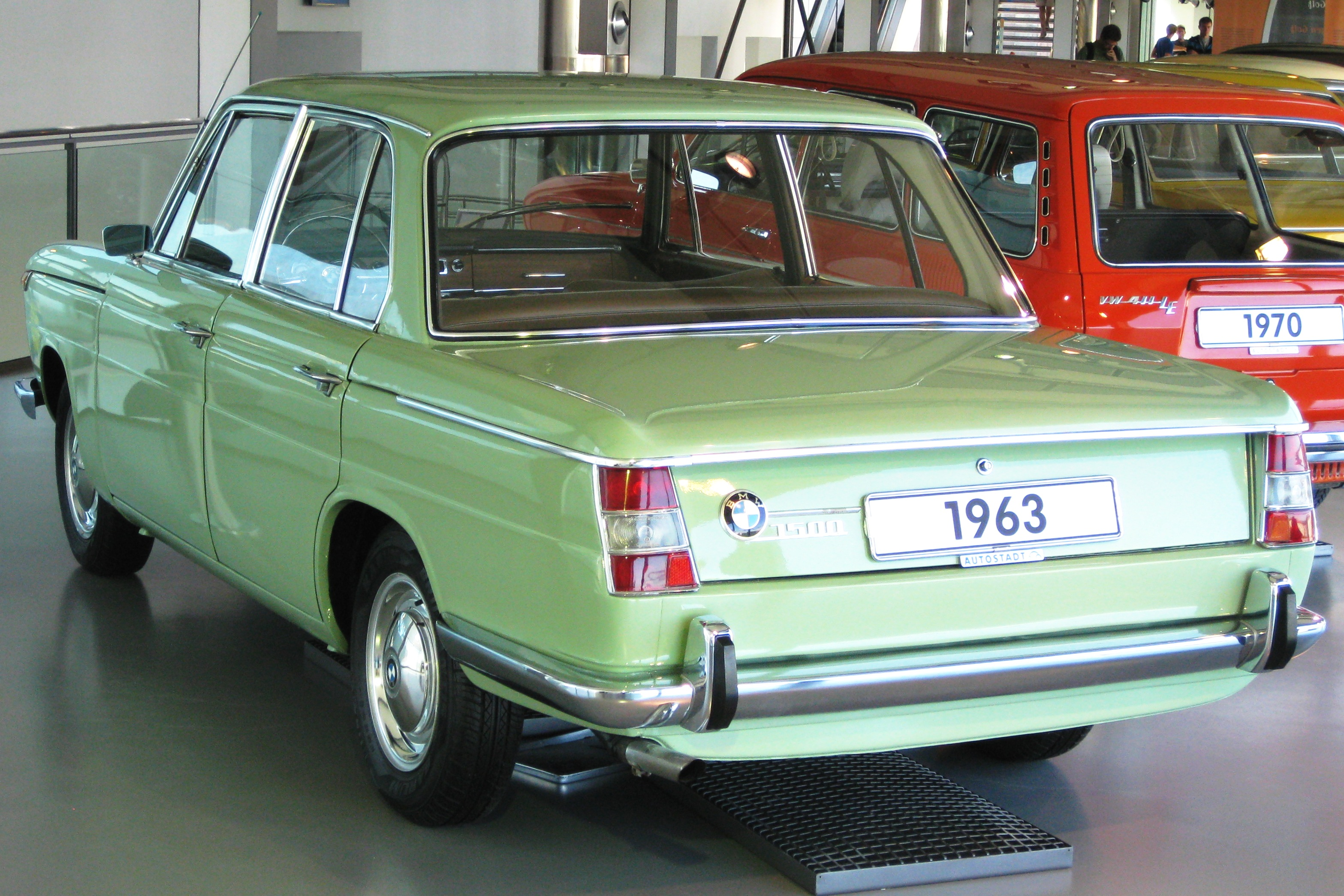 BMW_1500_sedan_at_Volkswagen_Autostadt_in_Wolfsburg
